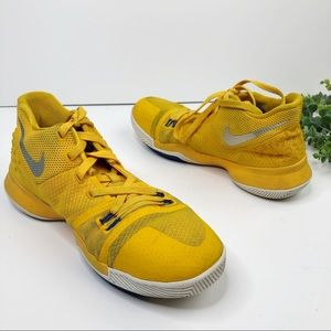 Nike Kyrie 3 Mac & Cheese Sneakers Youth Size 7